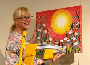 jayne-rohrlach-bluebelles-gallery-curator